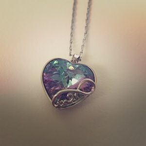 Jewelry - 💜 💎 Pretty heart gem necklace